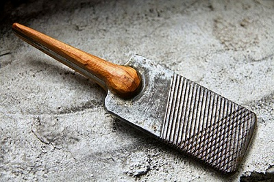 Click image for larger version.  Name:high carbon steel flint striker.jpg Views:120 Size:89.8 KB ID:13655