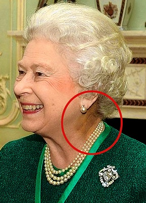Click image for larger version.  Name:ReptilianQueen.jpg Views:103 Size:85.0 KB ID:5676