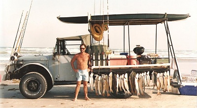 Click image for larger version.  Name:Beach_Truck.jpg Views:137 Size:97.1 KB ID:9129